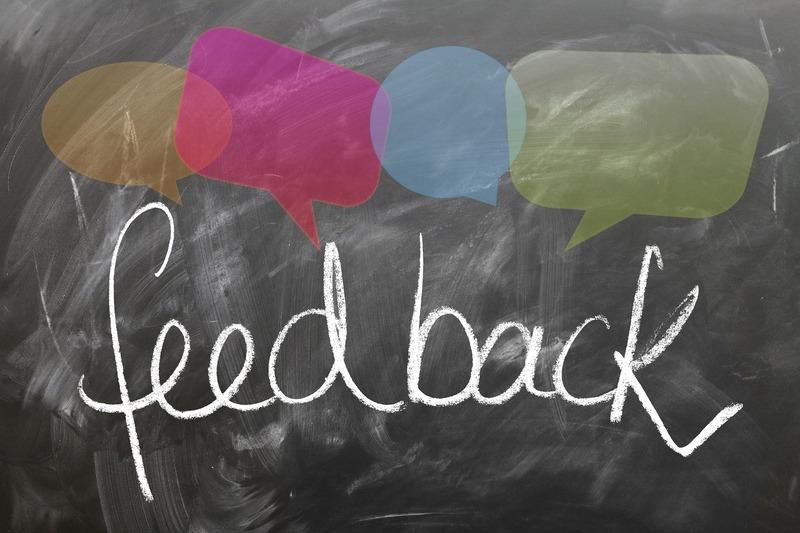quadro negro escrito feedback